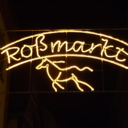 Leucht Werbung Rossmarkt